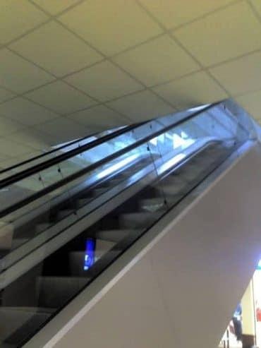 escada rolante mais estranha do mundo