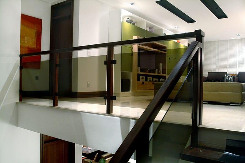 escadas-de-corrimão-de-vidro-1