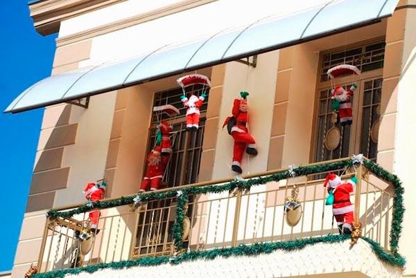 dicas para enfeitar a varanda-de apartamentos para o natal img 12